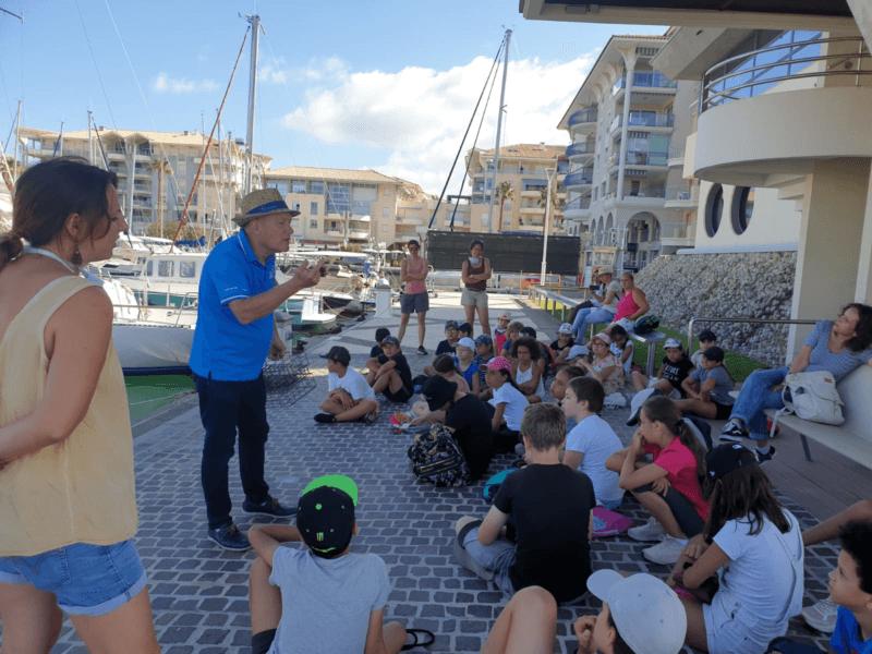 Les élèves de l'école Turcan en visite sur le port